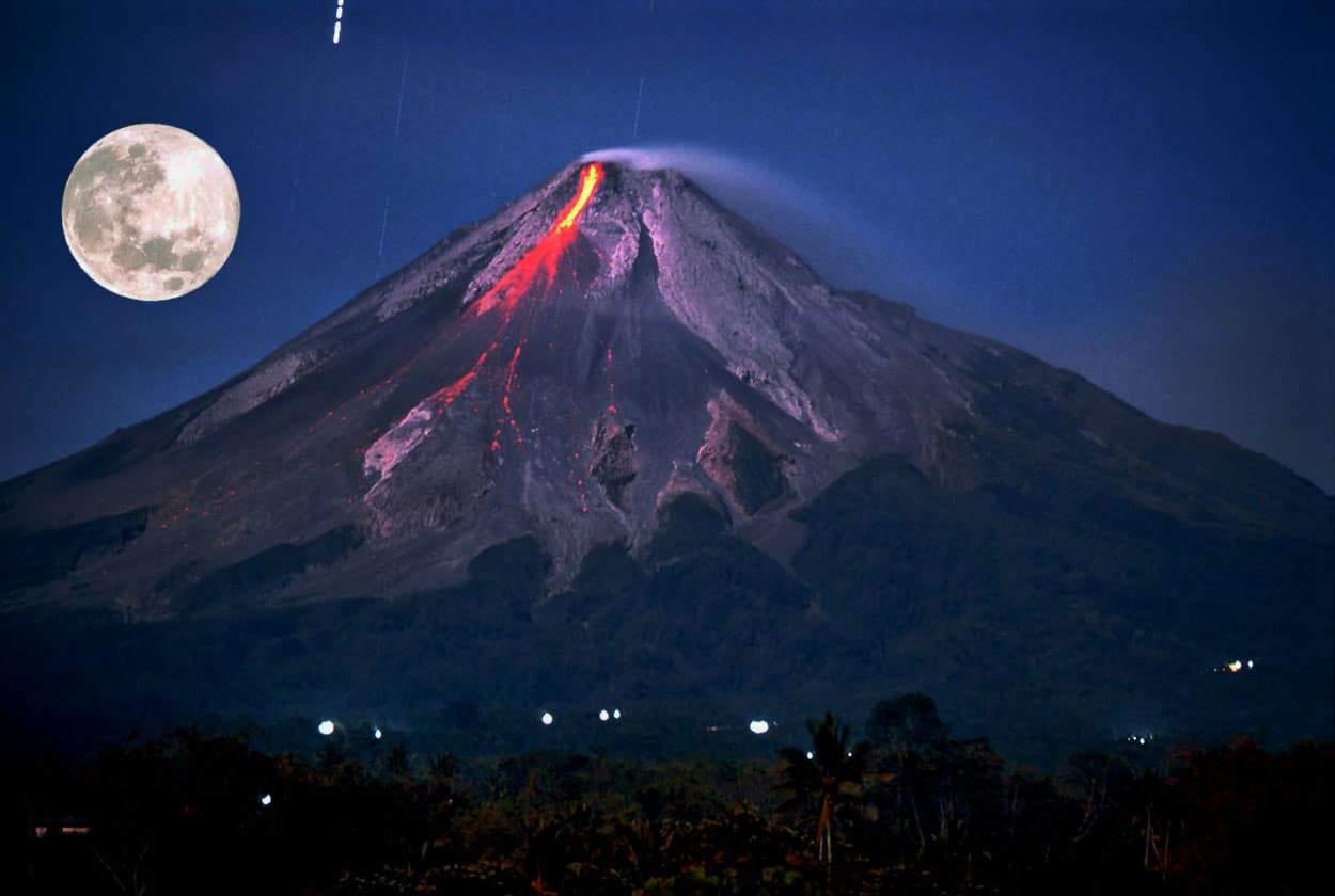 انفجار أعلى وأنشط بركان في أوروبا
