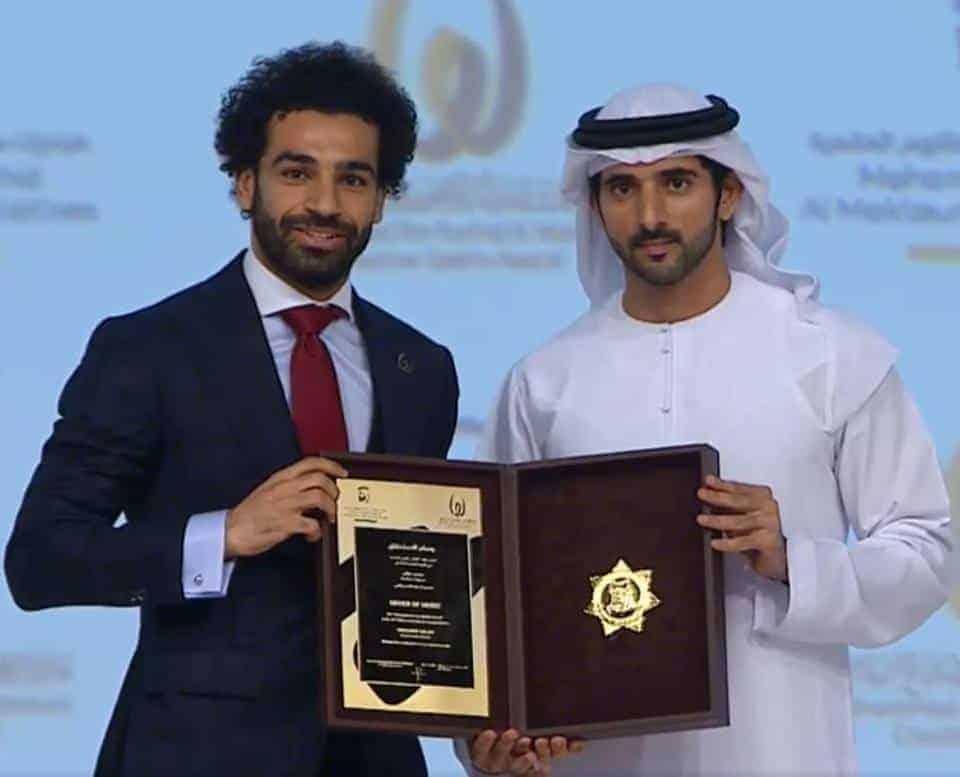 محمد صلاح أثناء تكريمه في دبي